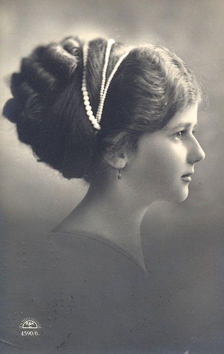 1910s Makeup Art